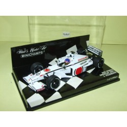 BAR HONDA SHOWCAR GP 2001 J. VILLENEUVE MINICHAMPS1:43