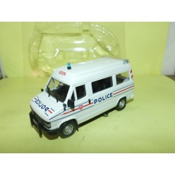 PEUGEOT J5 CRS POLICE NOREV 1:43 sous coque