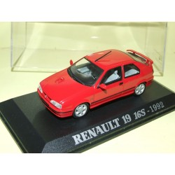RENAULT 19 16S Rouge 1992 UNIVERSAL HOBBIES Collection M6 1:43