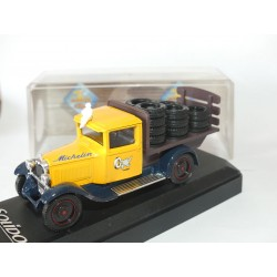CITROEN C4F MICHELIN Transport De Pneu SOLIDO 1:43