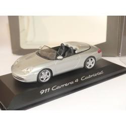 PORSCHE 911 CARRERA 4 CABRIOLET 996 Gris MINICHAMPS 1:43 modèle modifié