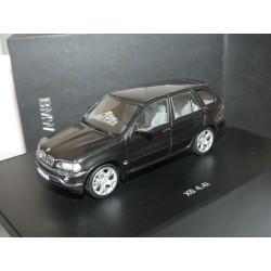 BMW X5 4,4i E53 Noir MINICHAMPS 1:43