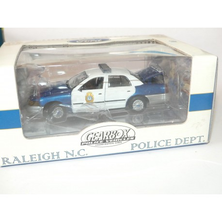FORD CROWN RALEIGH NORTH CAROLINA POLICE GEARBOX 1:43
