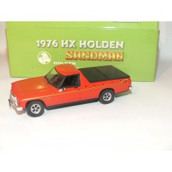 HOLDEN HX SANDMAN PICK UP 1976 Rouge CLASSIC CARLECTABLES 1:43
