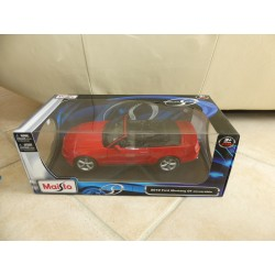 FORD MUSTANG GT CONVERTIBLE Rouge MAISTO 1:18
